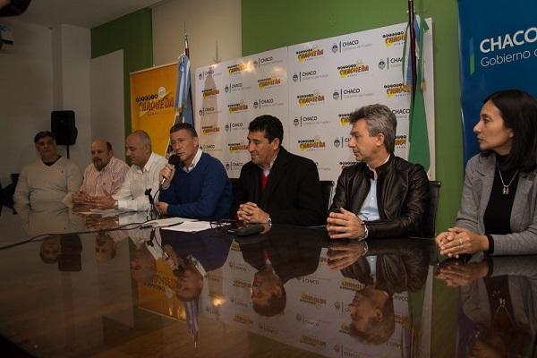 Brugnoli, Arguello, Golob y otras personalidades en en el lanzamiento del Campus
