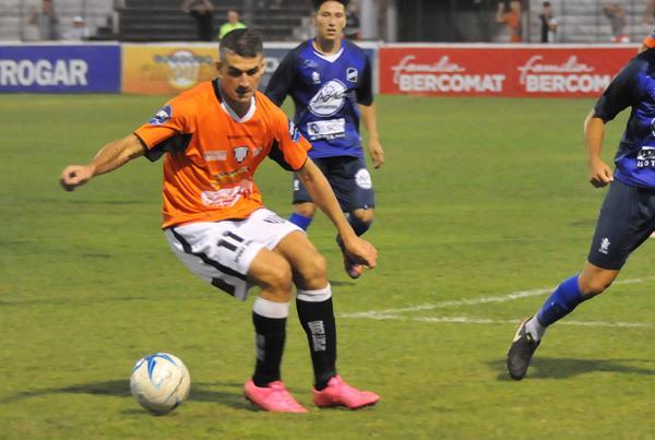 Ignacio Ruano vuelve al primer equipo por Saucedo