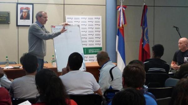 Alfredo Fenilli Director de Investigación, Capacitación y Ciencias Aplicadas al Deporte