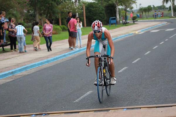 Ignacio Zurlo en bicicleta