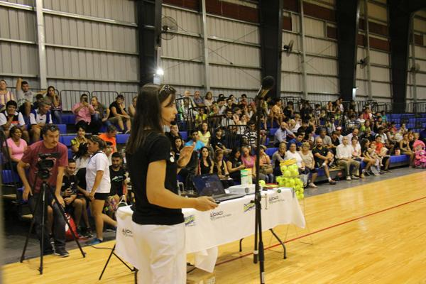 Silvina Delgado en la presentación de Cardiotenis
