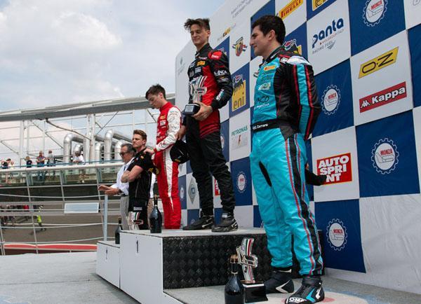 Giorgio Carrara en el podio
