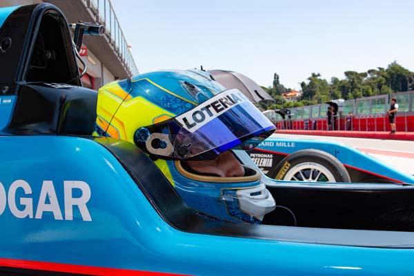 Giorgio Carrara tercero en la primera carrera del fin de semana