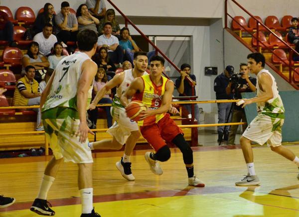 Andres Duval  en acción