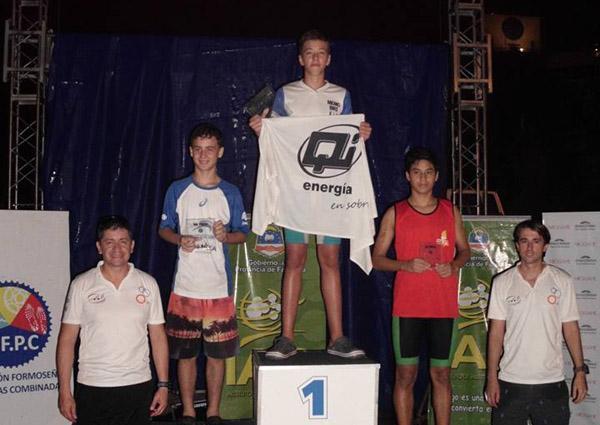 Ignacio Zurlo, primero en menores B en el Nacional de Triatlon