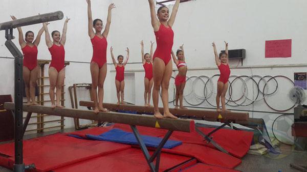 Pretemporada de gimnasia en Regatas