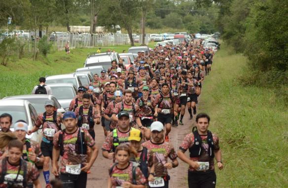 Muchos participantes en el Margarita Trail