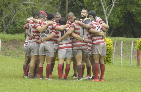 El primer equipo de rugby del Club de Regatas Resistencia jugará este  este sábado el tercer partido del torneo de Las tres Uniones. Los remeros deben ganar con bonus para poder acceder a las semifinales.