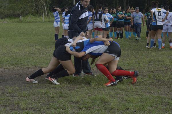 Clínica de rugby femenino