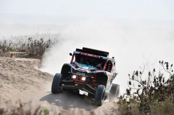 Pato Silva sigue avanzando en el Dakar 2019