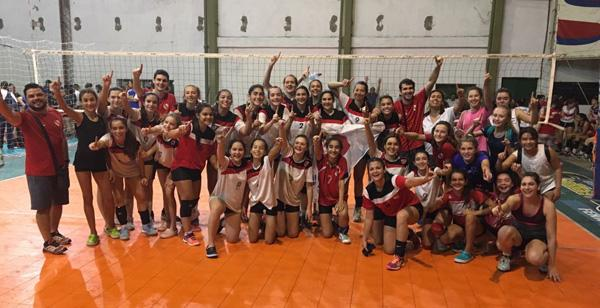 Los equipos campeones de Sub 13 y Sub 17 en Villa Ocampo